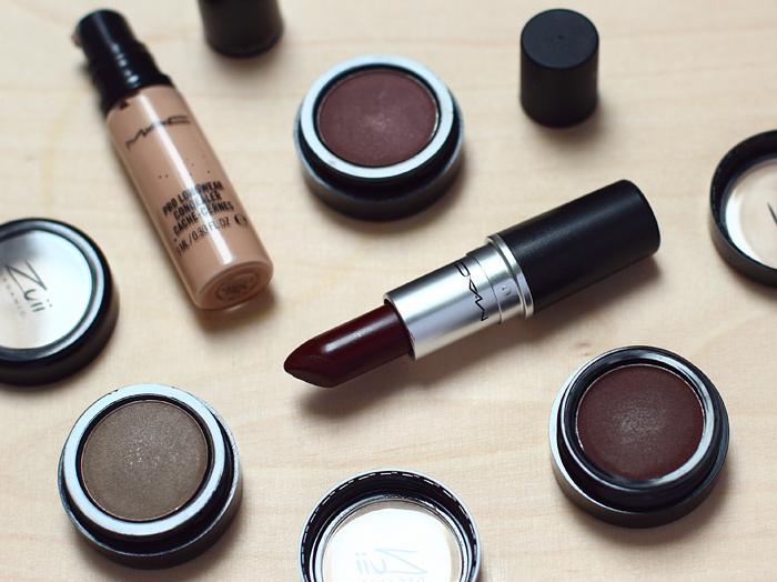 Mac pro longwear concealer und Antique velvet lippenstift